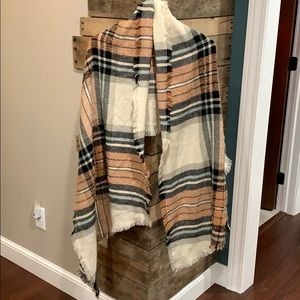 Plaid shawl/scarf/wrap